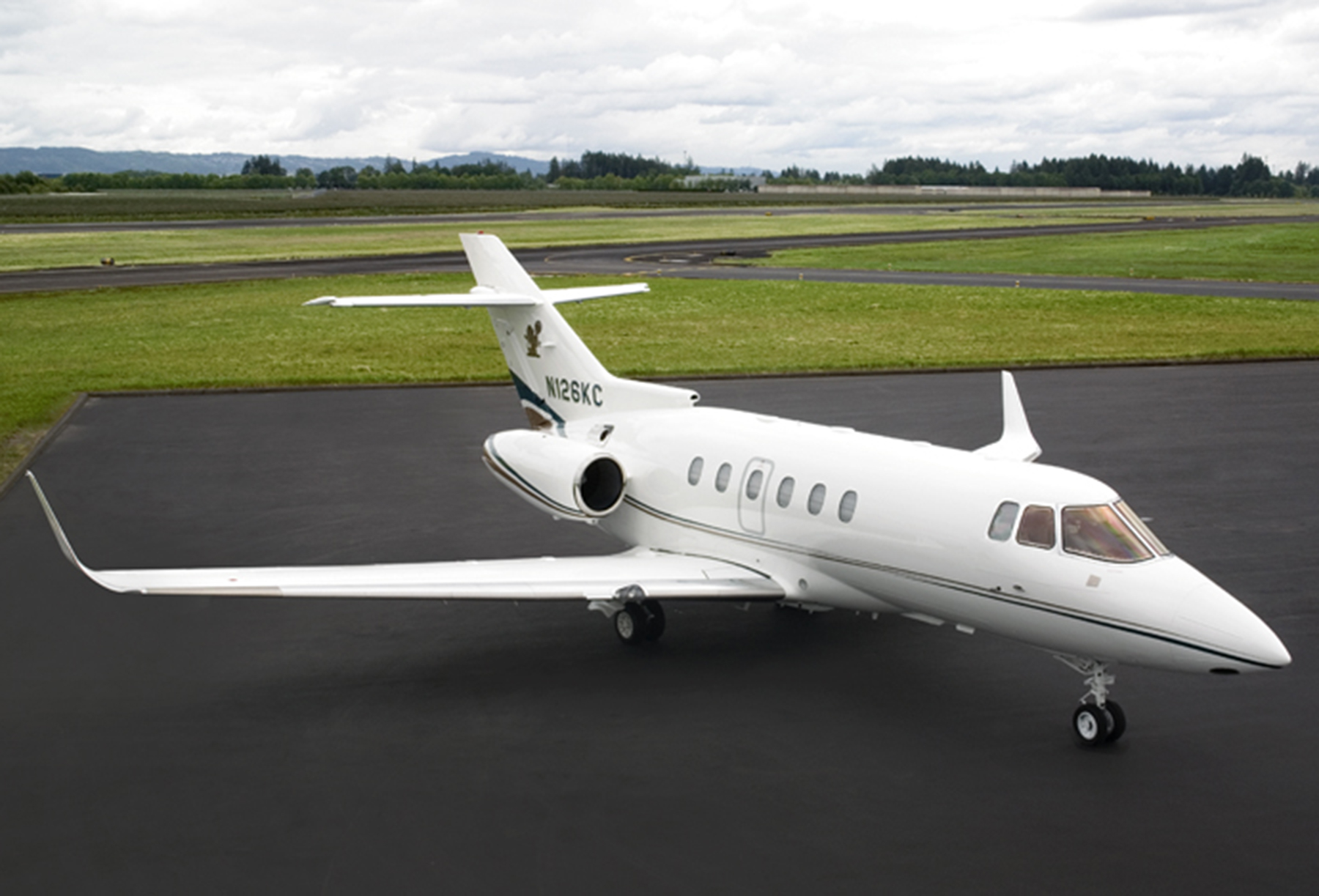 Hawker 800 XP at Global Aviation