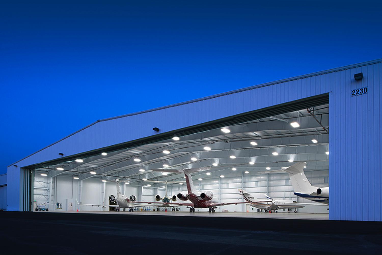 Airplane hangar for Hangar home designs